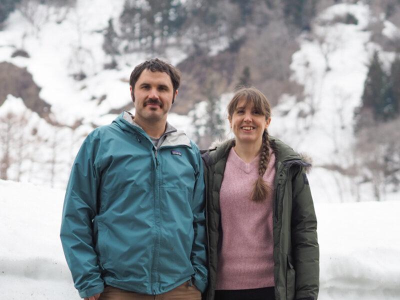 サム&リアン・ビュキャナンさん:雪が好き! 理想のライフスタイルを実現するために飯山を選んだふたりが経営するロッジ「ハンターズゲート」